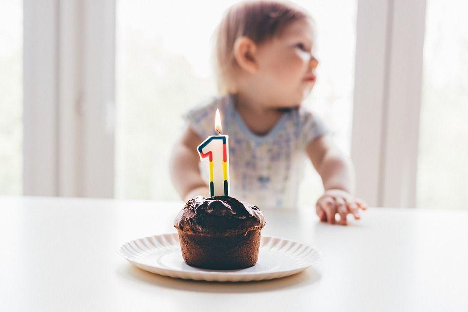 Organizacja pierwszych urodzin dziecka